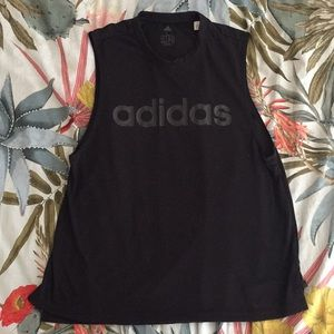 Adidas muscle work out tank in black!